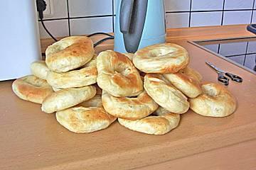 Sunday Brunch – Make your own bagels..