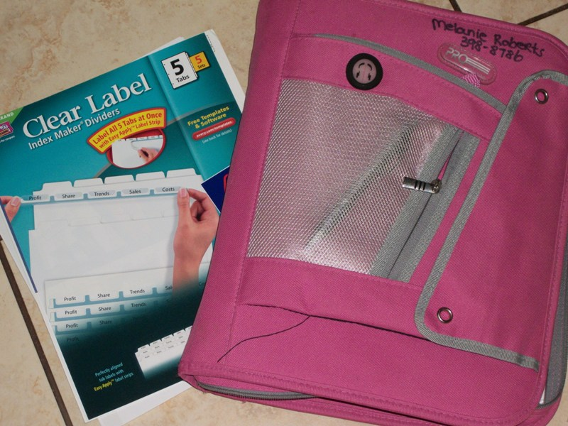Monday Organize your Coupons  *Avery Review & Giveaway*