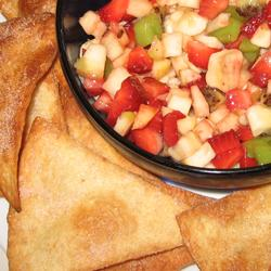 LunchBox Tuesday –  Fruit Salad and Cinnamon Chips