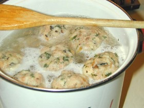 Tuesday recipe German Corner: Semmelknodel–German Bread Dumplings