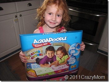 Aquadoodle Draw N' Doodle- New with Color {review & Giveaway Open to US and Canada}