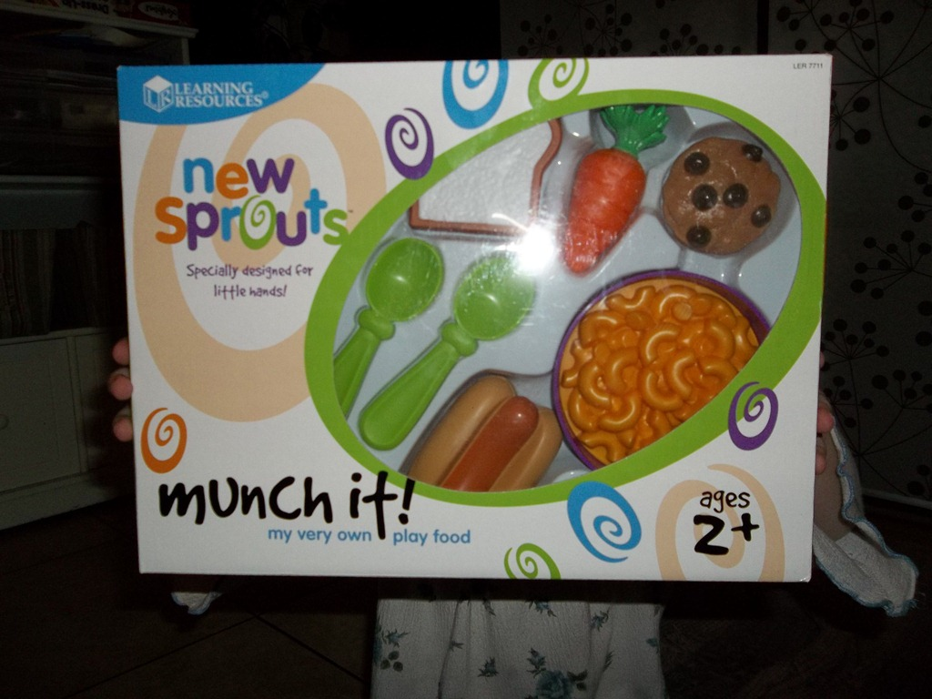 Pretend and Play Munch it set from Learning Resources {Review & Giveaway}