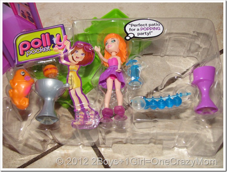 Polly Pocket Hangout House {Review & Giveaway}