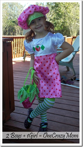 An adorable Strawberry Shortcake #Costume and $50 Gift Card #Giveaway Trick or Treat