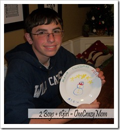 Christmas Tradition decorate a plate 2