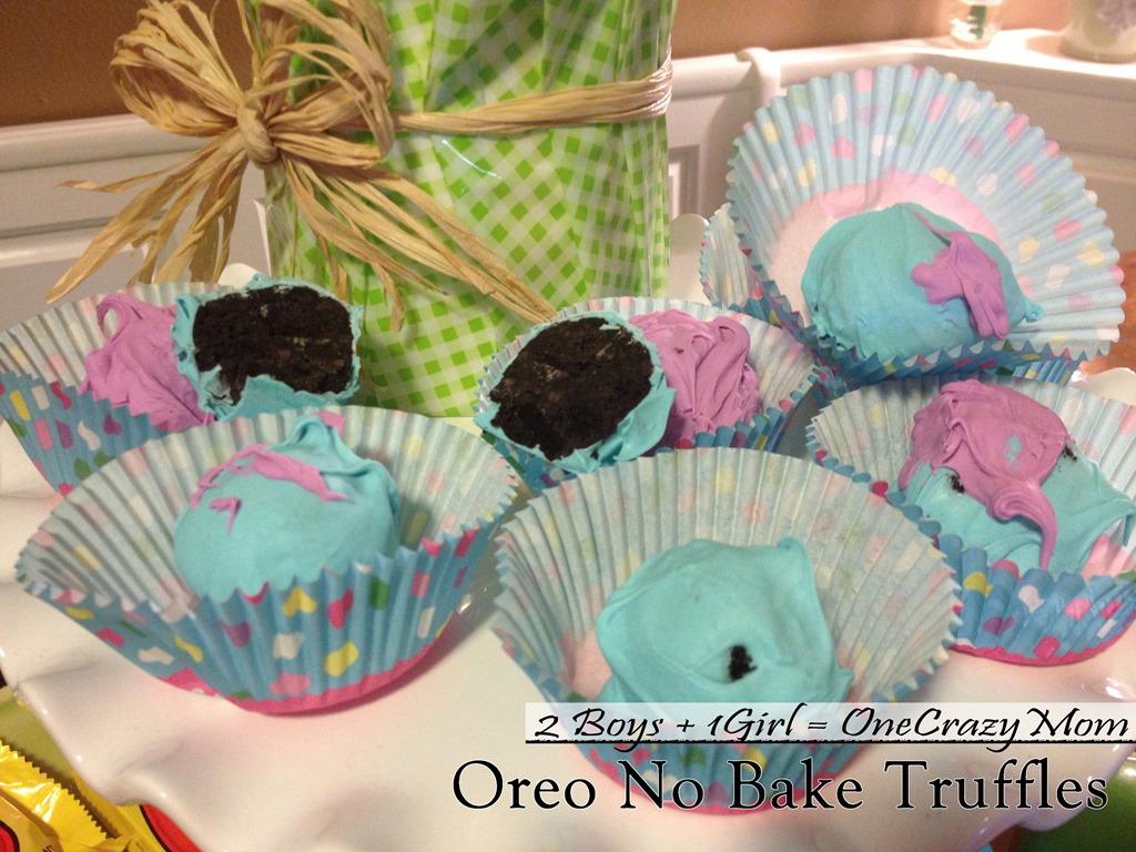 No Bake Oreo Cookie Truffles #Delicious