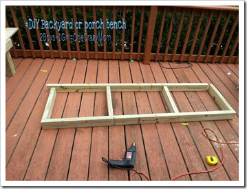 How to create a #DIY backyard bench for extra seating and half the price