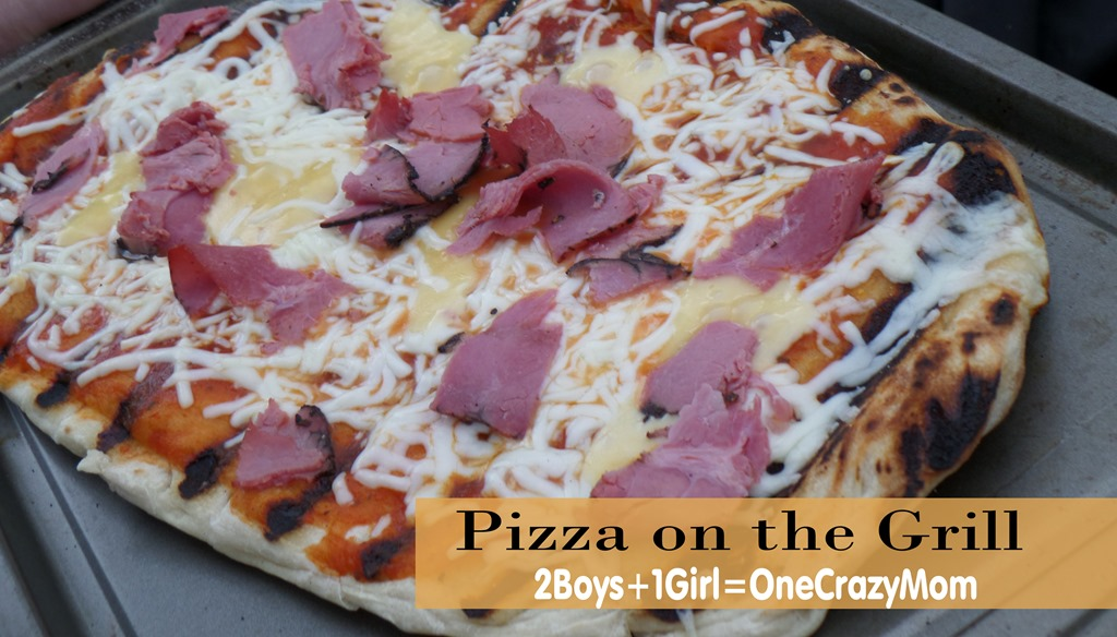 Simple and in no time dish up dinner with Pizza on the Grill #Recipe