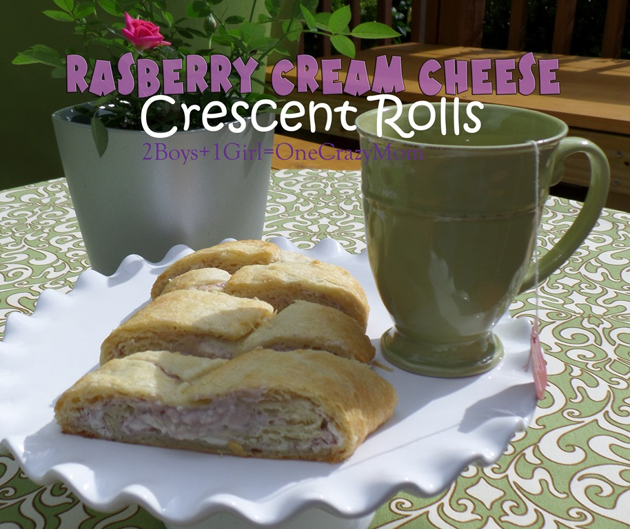 Raspberry Cream Cheese Crescent Rolls Tea Cake #ThatsBreakfast #Recipe