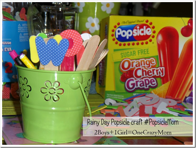 Keeping the kids busy on a rainy day with #crafts is simple when you are a #PopsicleMom and a #Giveaway