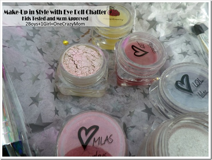 Get in Style with EyeDoll Chatter makeup #StockingStuffer