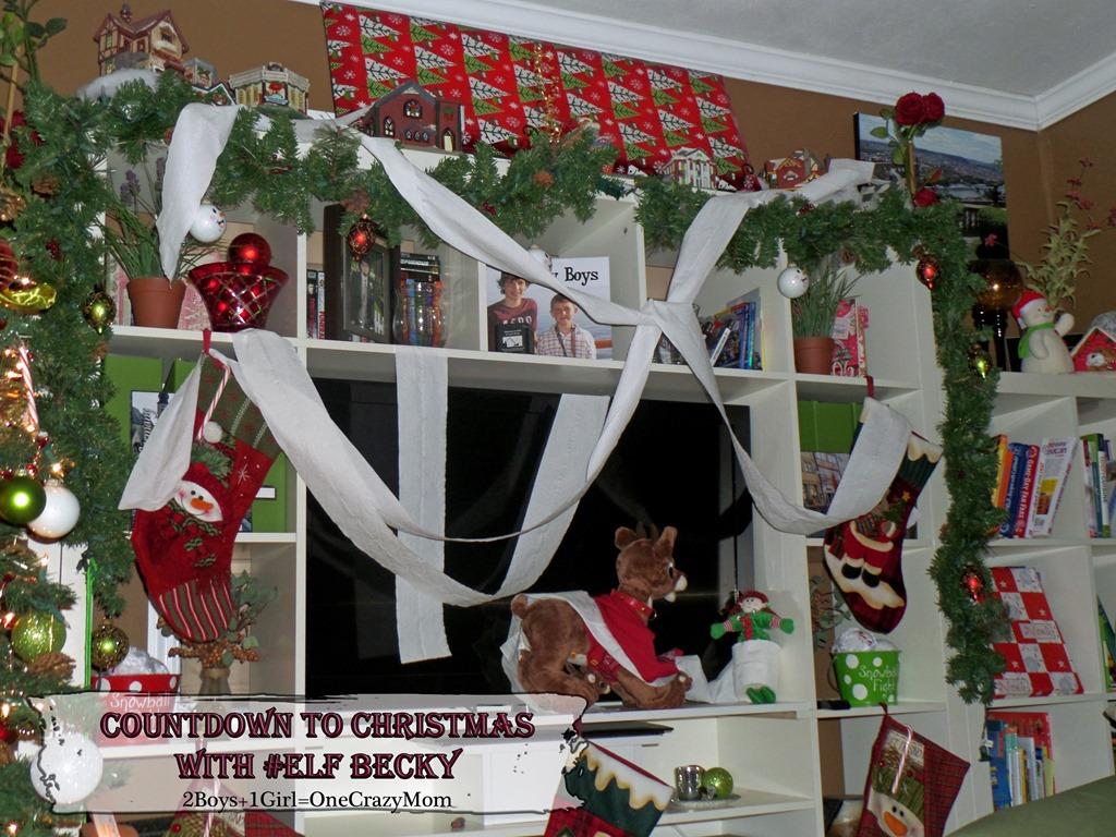 Elf Magic Countdown to Christmas Day 21 #Elfcapades