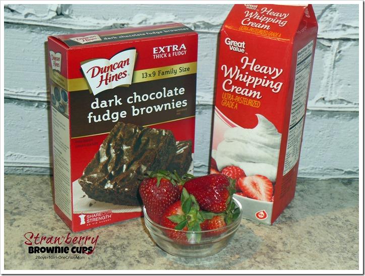 Simple Strawberry & Cream Brownie Cups #Recipe