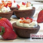 Simple Strawberry & Cream Brownie Cups #Recipe