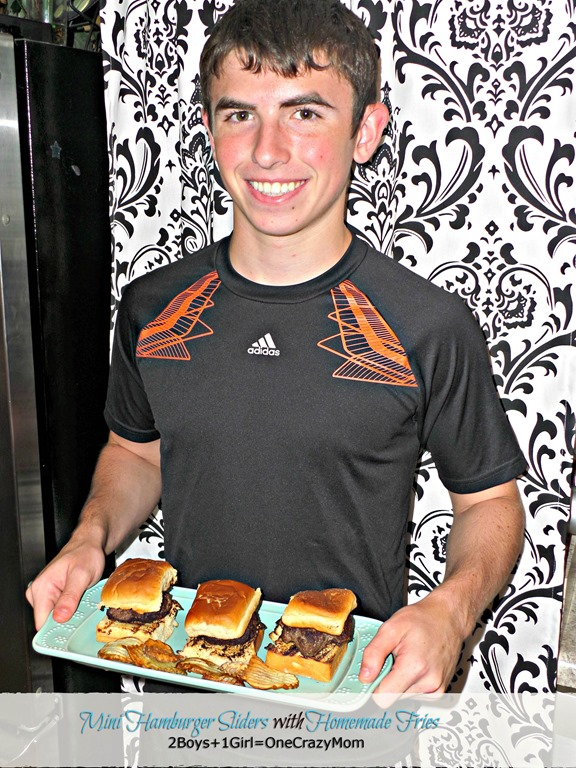 Kids cooking made simple Mini Hamburger Sliders with Homemade Fries and enter the #FLKidCookOff