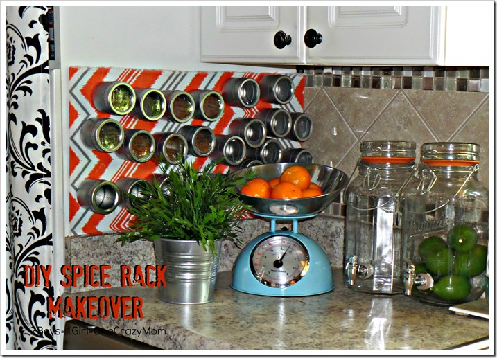 Clean up your kitchen and create a #DIY magnet spice corner and fall in love with LabelWorks