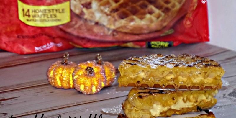 We are dishing up delicious Frozen Breakfast Waffles a la Pumpkin Pie #4MoreWaffles