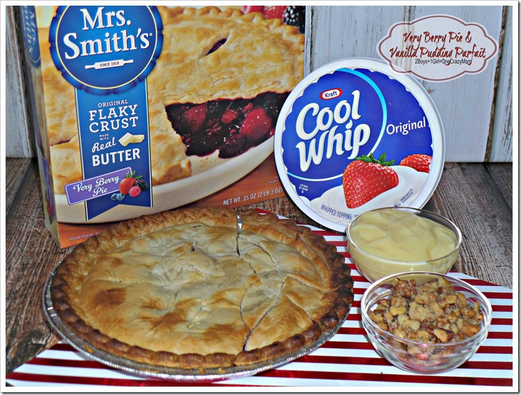 Kicking Pie up a notch with this simple Very Berry Pie & Vanilla Pudding Parfait #ThankfullySweet recipe idea #ad