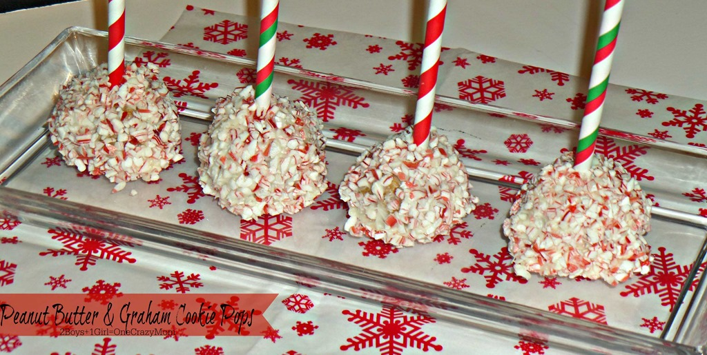 Start a Christmas Tradition and make your own Graham Cracker Houses and check out my No Bake Peanut Butter & Graham Cookie Pops #Recipe
