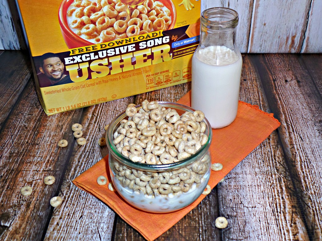 "We are big fans of Honey Nut Cheerios anytime of the day and dance along to ""Clueless"" by Usher"