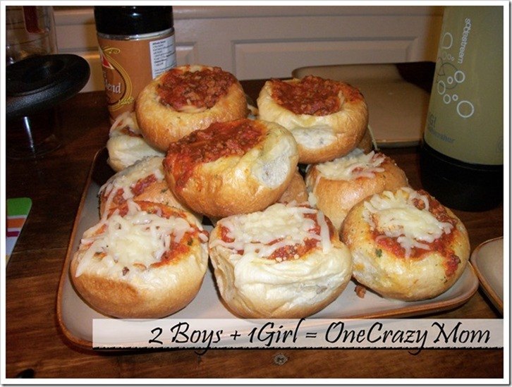 Pizza-Garlic-Bread-Bowls_thumb