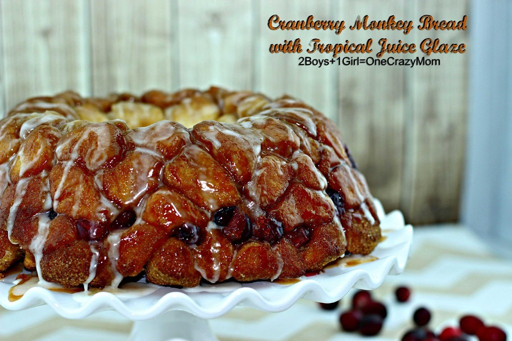 Cranberry Monkey Bread with #SimplyJuiceDrinks Tropical Glaze #Recipe