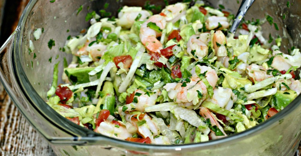 Super easy to make Lime Shrimp and Avocado Salad #Recipe