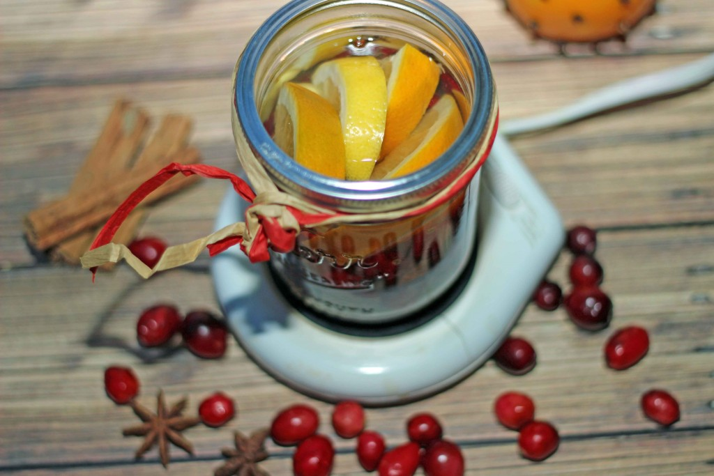 Create Christmas in a Mason Jar and a Candle Warmer