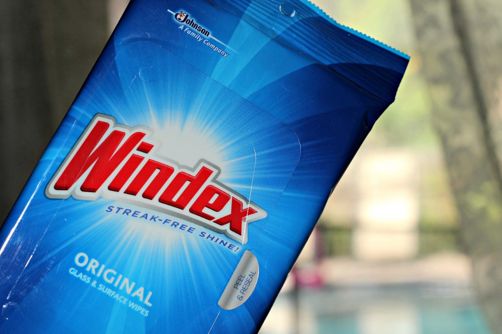 Use windex glass wipes for your next #HappyThanksGathering
