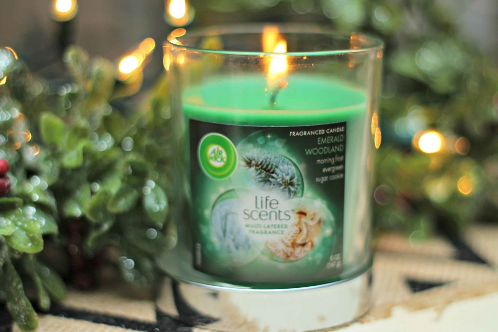 Welcome the Holidays with a scent into your home