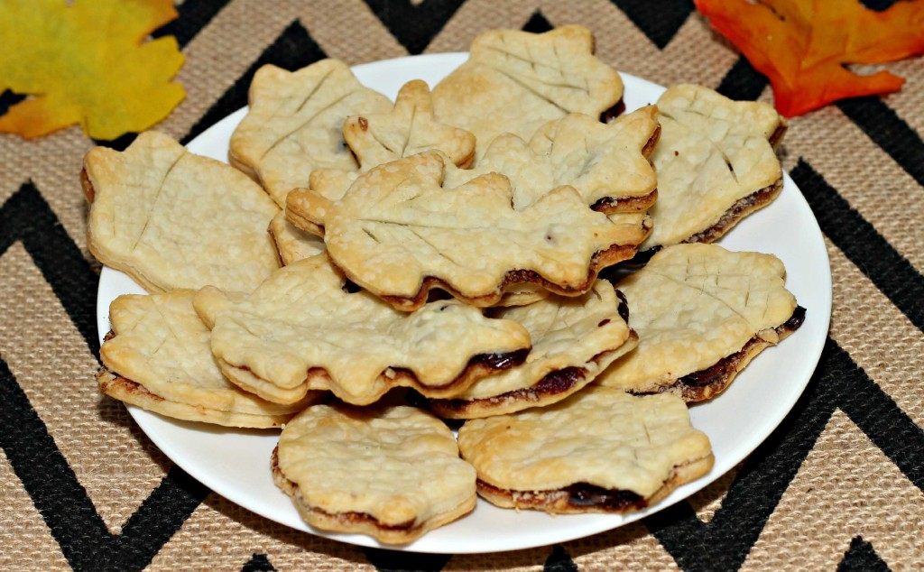 Dish up Pie Crust Hazelnut cookies for your #HappyThanksGathering