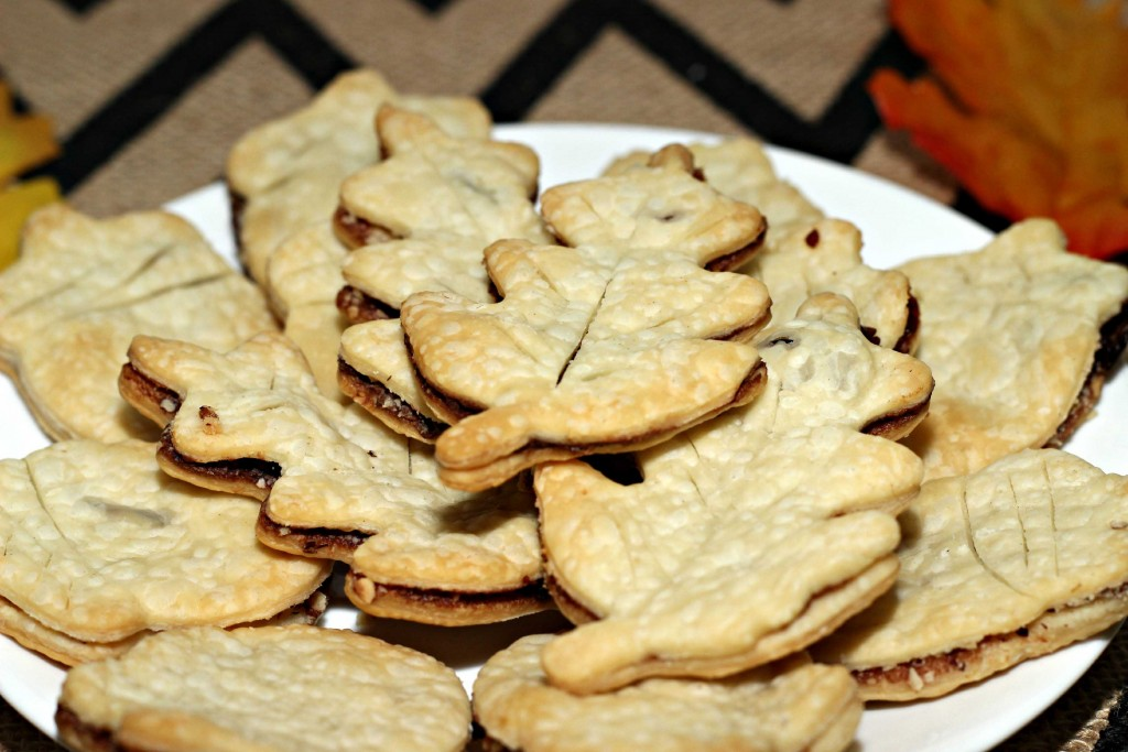 pie crust cookies are so easy to make and perfect for #HappyThanksGathering