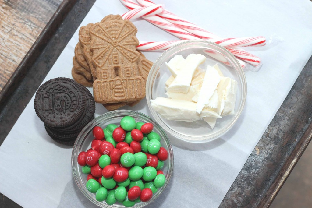 This is what you need for your Peppermint Christmas Bark #Recipe