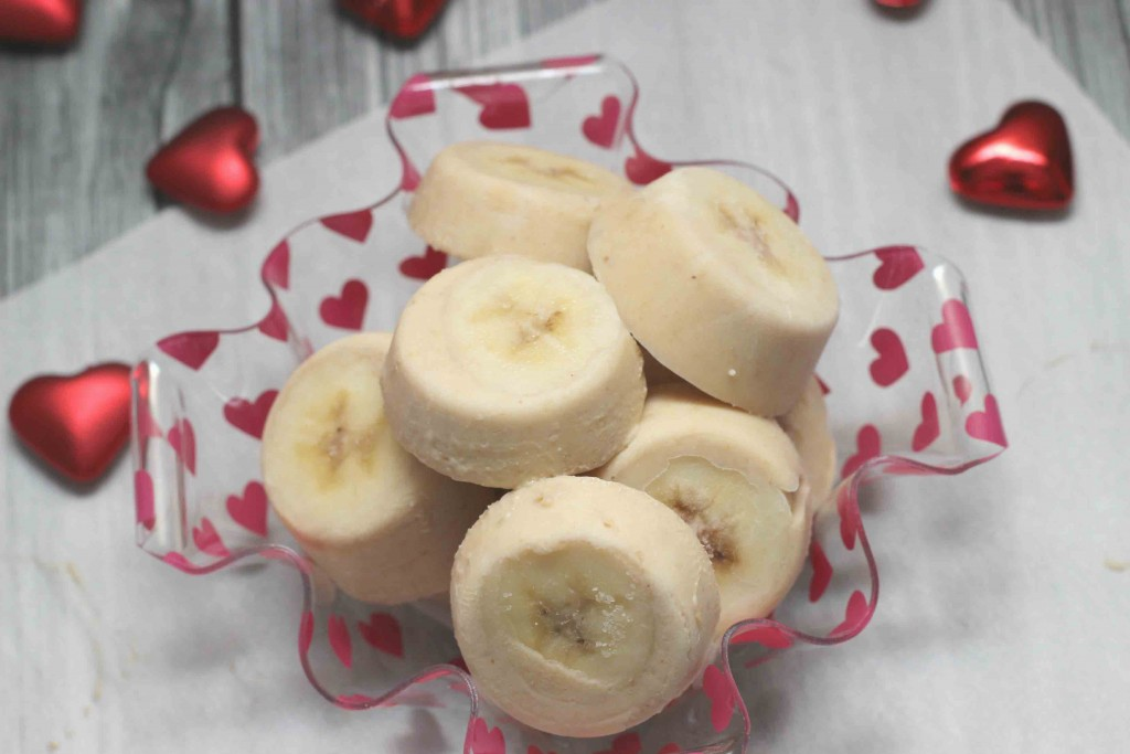 Banana Peanut Frozen pops for Dogs and Kids #Recipe