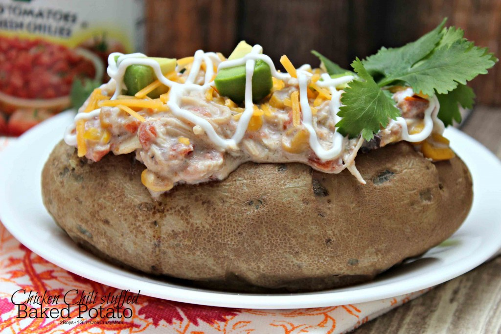 Baked Potato stuffed with Chicken Chili #YesYouCAN