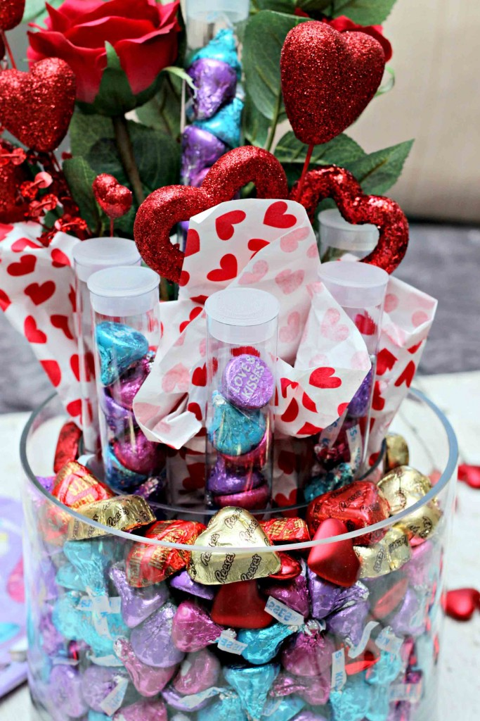 Teacher gift for Valentines Day along with Kids gift all in one #HSYMessageOfLove