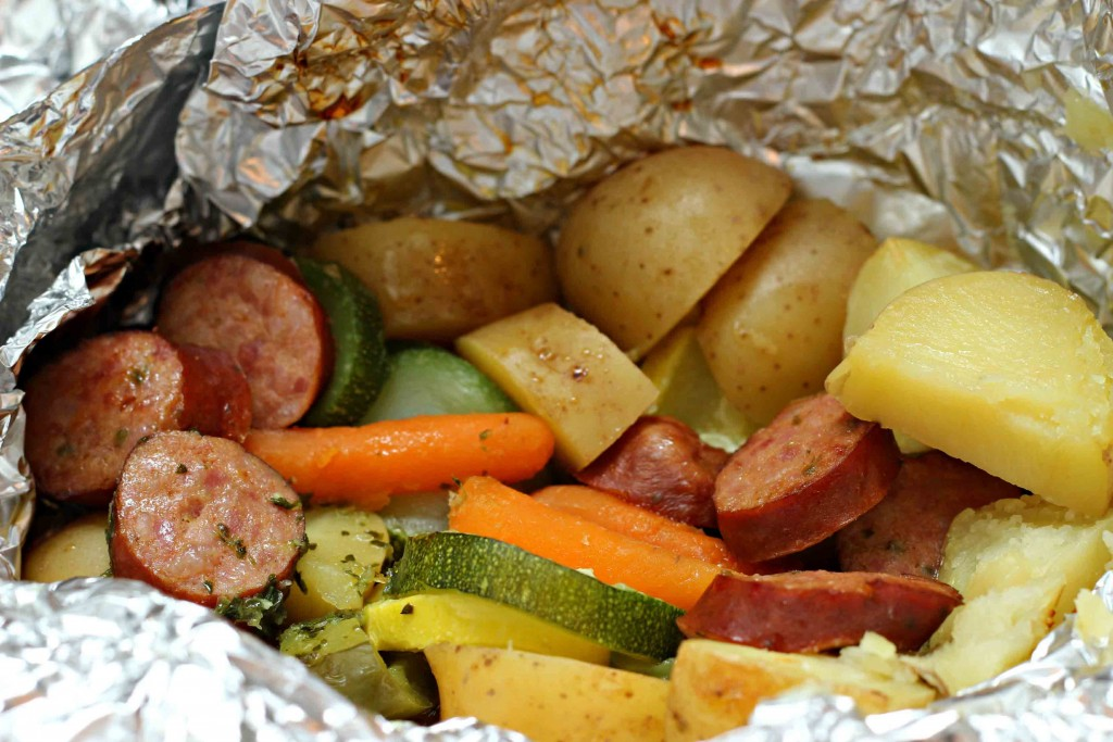 IMG_9926Dinner can be simple with veggie and sausage foil packs #WildSideOfFlavor