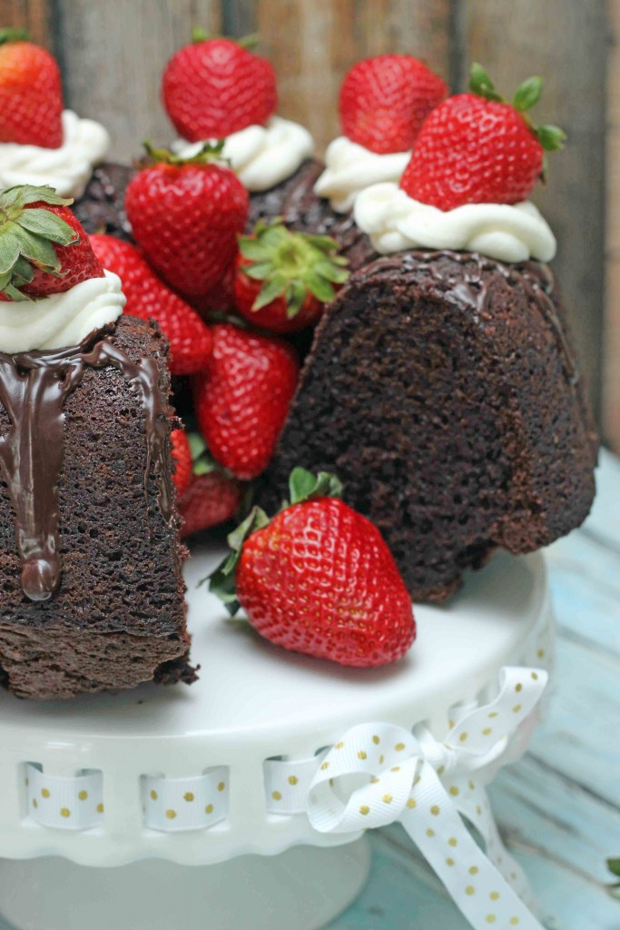 Simple Chocolate Brownie Cake with Mascarpone and Strawberry Topping_edited-1
