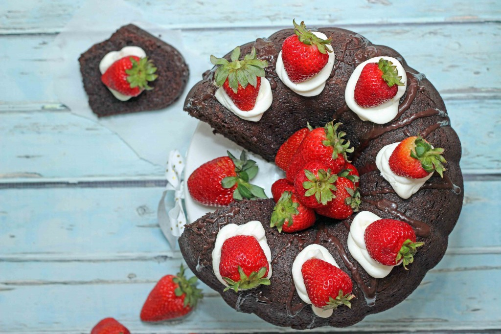 Super easy Chocolate Brownie Bundt Cake recipe