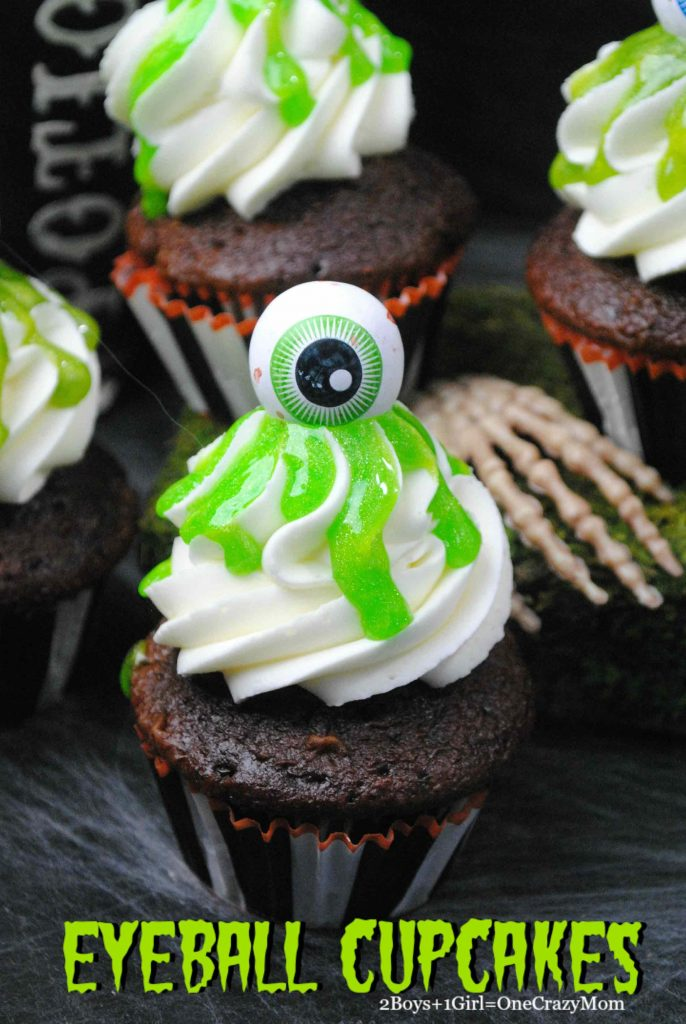cupcakes-green-slime-eyeball