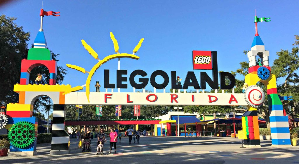 Bring a Toy and get Kids in Free at LEGOLAND this Holiday Season